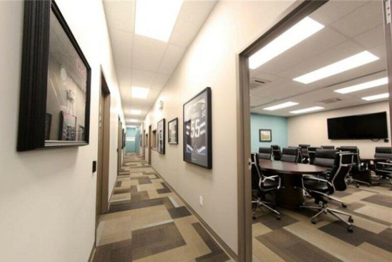 EYE For Business Hallway